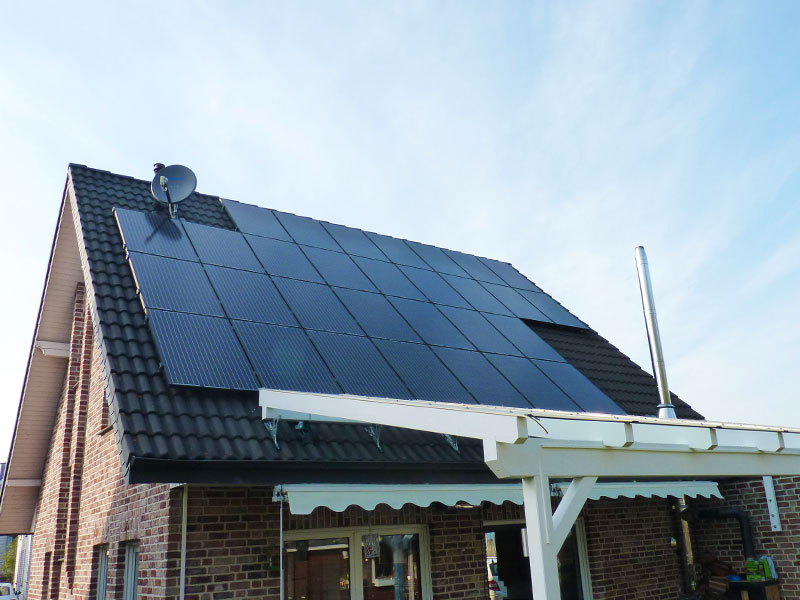 7.35 kWp PV-system with Luxor Solar modules in Schermbeck (Germany)